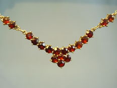 Golden garnet necklace