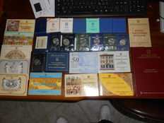 Republic of Italy - Lot of 27 sets 1974-1999 (including silver)
