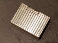 S.T. Dupont Silver plated lighter – Ligne 1 – Vertical lines model