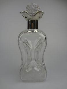 Crystal decanter with silver neck and faceted lid - England - Birmingham - ca 1914