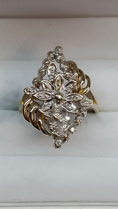 Women's ring – 14 kt – 15 x diamond