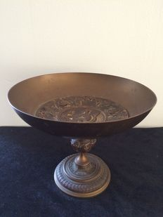 "Tazza of bronze and brass - ""C.H. et Co"" - France - ca. 1870"