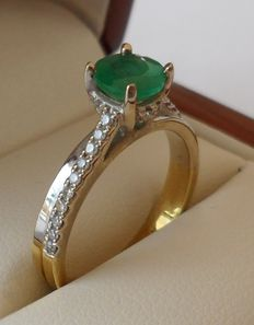 Colombian Emerald and Diamond cocktail ring in 18K two tone gold with low reserve price.