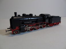 Märklin H0 - 3099 - Steam locomotive with tender BR 38 of the DB - Including train drivers
