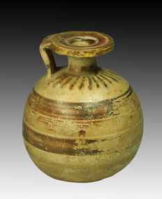 Greek terracotta aryballos - 8,5 cm