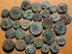 Roman Empire- 29 roman bronze coins lot, III to IV centuries A.D. Gallienus, Tetricus I, Claudius II, Diocletian (2), Constantine I (3), II,  Constantius II (8), Constans (3), Julian II, Licinius I,  and others rulers. (29)