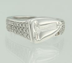 Mauboussin –18 kt white gold ring set with 47 brilliant cut diamonds