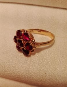 Gold ring with natural garnet