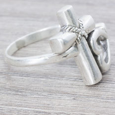 Cross ring with silver Balinese design heart