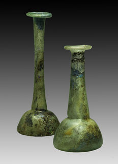 Pair Roman glass unguentarium  - 14,5 / 11,5 cm