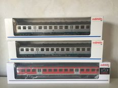 Märklin H0 - 4756/43801 -  Two 'Silberlinge' / local transport