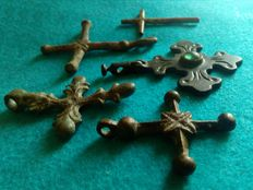 Lot of 5 Medieval Crosses of several sizes - 15th and 16th century