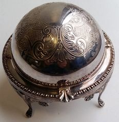Very detailedly executed silver plated caviar cooler