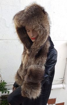 Marmot fur hood.