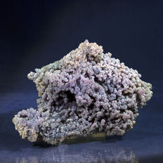Grape agate - chalcedony - 14.5 x 10 x 7 cm - 581 gm
