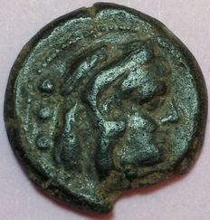 Roman Republic - Anonymous Sextantal standard - AE (20 mm; 7,00 g) Quadrans, after 211 BC - Rome mint - Head Hercules / Prow of galley - Cr. 56/5