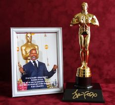 Jamie Foxx - original hand signed replica Hollywood Award + Certificate of Authenticity and photo of private signing session