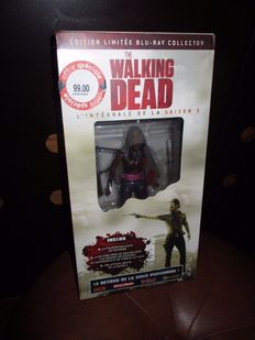 The Walking Dead The Complete Season 3 collector edition - Blu-Ray - French edition - with statue of Michonne, extra comic booklet and poster