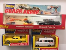Dinky Toys - Schaal 1/36-1/72 - Kavel met Crash Squad Set met Bell Helicopter en Plymouth Police Car 1978 Gift Set No.299,  Ford Transit Ambulance No. 276 en Plymouth Cab No. 278