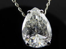 White gold solitaire pendant set with 1 pear cut diamond of 1.20 ct