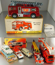 Corgi Toys/Dinky Toys/Matchbox - Misc. scales - Lot with 6 Emergency Vehicles