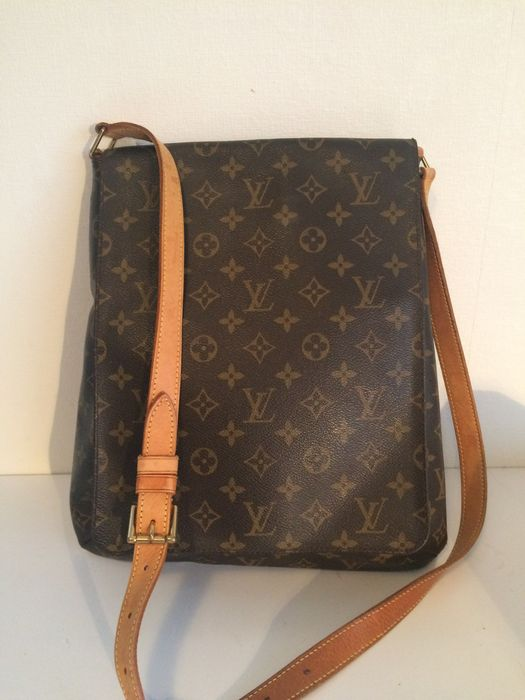 713960bbf69e Louis Vuitton – Musette Salsa – large cross body   messenger bag ...