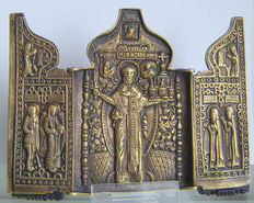 "Beautiful large bronze triptych of ""H. NICOLAS the miracle worker of MOSAIJSK"" 18th century Russia, 122 x 173 mm"