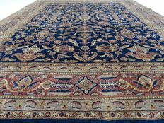 Tabriz - 255 x 201 cm - Richly decorated, blue oriental rug - In top condition