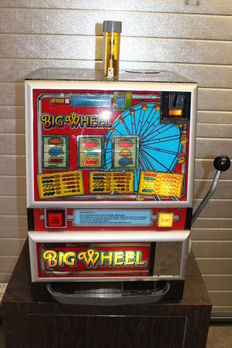 BARCREST Big Wheels Fruit machine from the fairground