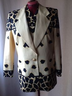 Escada by Margarheta Ley. Jacket and shirt.