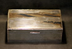 Heavy silver and Wooden Box - Japan - ca.1915