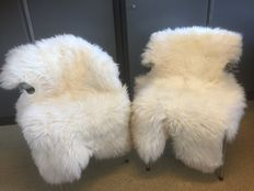 Two thick new XL Sheepskins