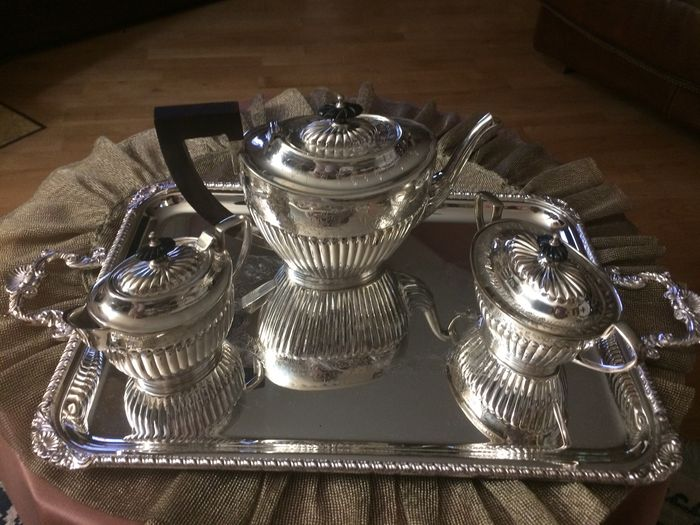 English Sheffield set in Silver - Jordan Collection
