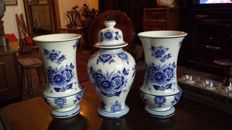 Delft blue Cabinet-set  'marked', 'numbered ' signed M ' 3 pieces -  unique