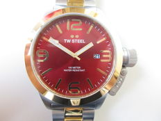 TW Steel ref.: CB72 Canteen bracelet – men's wristwatch – never worn