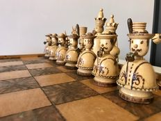 Rare chess set