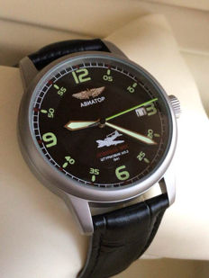 POLJOT AVIATOR Russian Military Mechanical WristWatch. Air Force Military Style. Nos!