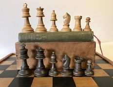 English Staunton chess set with a Washington Irving book