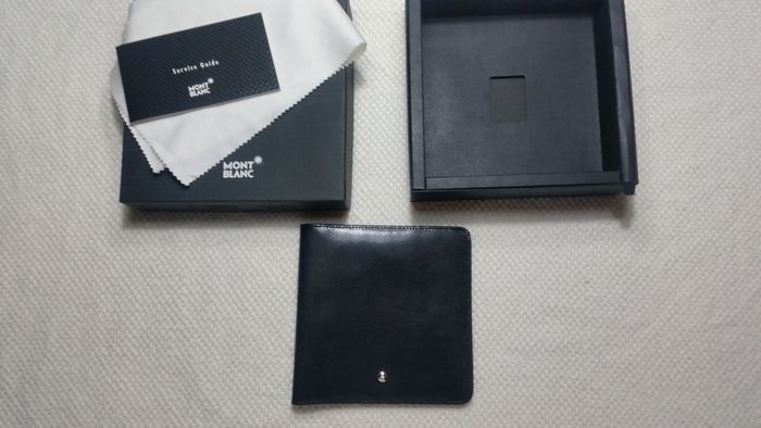 Montblanc CD holder 4 units.