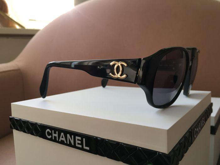 be00ac137d820 Vintage - Chanel - Sunglasses - Catawiki