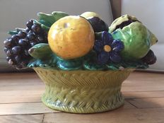Cantagalli - Earthenware fruit basket.