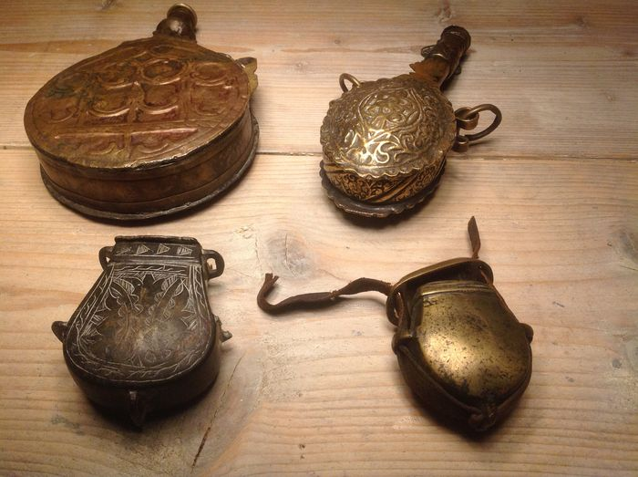 Lot of two powderflasks and two cartridge boxes
