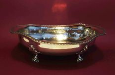 Silver 800 fruit bowl with chiselled rim and feet, marked 78PD