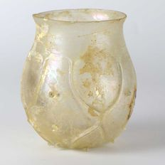 A Roman Mold-Blown Beaker- 7,5 cm