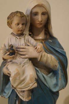 Madonna and child. French plaster figure, polychrome - XIX century