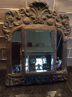 Hall mirror with two clothing brushes, 1st half 20th century Netherlands