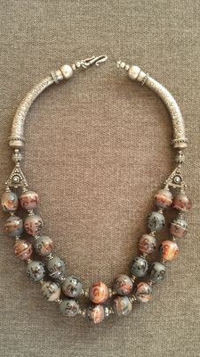 Silver and agate necklace