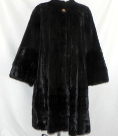 Saga Mink coat mink luxury swinger fur NP 12 000 - 44/46 (NL/GER) = 46/48 (FR)