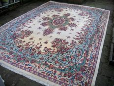 Hand knotted Persian rug kerman from Iran 440x307 (Signed) around 1940