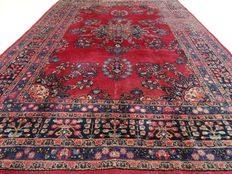 "Semi-antique Meshed - 279 x 197 cm - ""Persian eye catcher in good condition""."